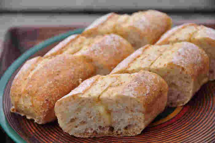 買ったパンは温めたりスライスしたりしていただけます◎