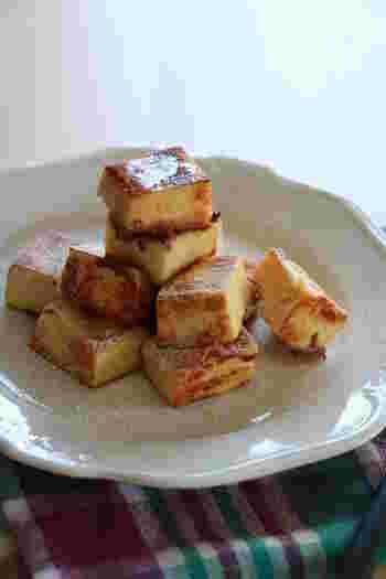 パンの代わりに、栄養豊富な高野豆腐を使ったアイデアフレンチトースト。高野豆腐をミルクや豆乳で煮て、じっくりと焼き上げます。おいしさがじゅわっとしみ出し絶品です。