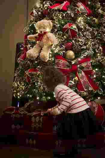 欠点があっても家族!クリスマスの夜に、家族っていいなと思える映画となっています。御馳走や讃美歌。街中に溢れるクリスマスカラーの可愛さにも目を奪われますよ。