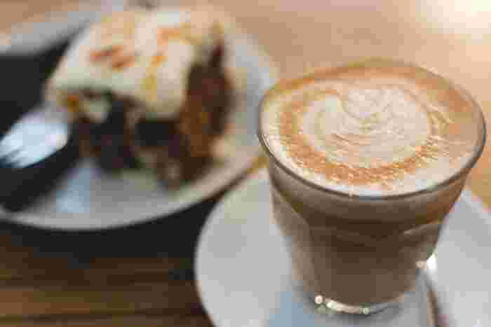 カフェに求めるものは人それぞれですよね。でも、共通していえることは「ゆっくりとした時間を過ごす」ということではないでしょうか。 お友達と行くのもよし、おひとりさまを満喫するのもよし。函館市で一度は行ってみていただきたいカフェ・ごはんやさんをご紹介していきます!