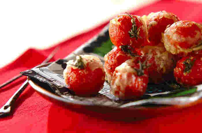 プチトマトに衣をつけて、油でカリッとフリットに。口の中でトマトの甘みがじゅわっと広がります。
