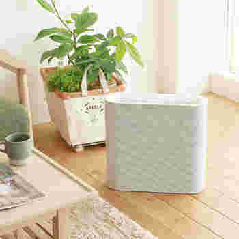 空気清浄機だっておしゃれに!ナチュラルなお部屋にも馴染むシンプルなデザイン。これならすぐ使える場所に置いておけますね。