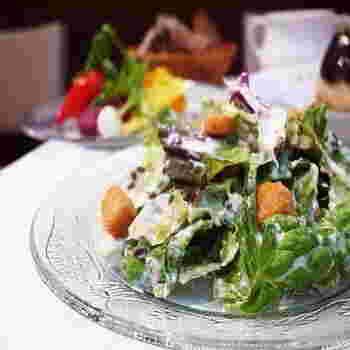 私たちは毎日食べているものでできています。当たり前のことではありますが、本当に意識して食事をとっている方はそんなに多くないかもしれません。現代の食生活は、どうしても脂質や炭水化物が多くなりがち。だからこそ、野菜を中心としたヘルシーな食事が見直されつつあります。