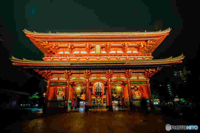 人気のない神秘的な浅草寺