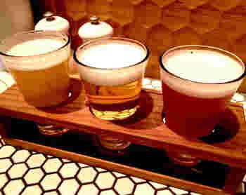 日本全国よりすぐりのクラフトビールが楽しめるので、まだ訪れたことのない地域の味も堪能できます。「テイスティングセット」なら、好きなクラフトビールが3種類いただけますよ。