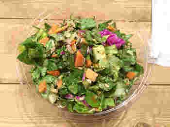 彩り鮮やかな新鮮な野菜を楽しみながら食べることができるとうれしいですね。