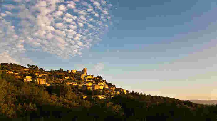 豊かな土壌と独特の風土が魅せる景勝地*南フランスプロヴァンス地方の可愛らしい町と村