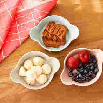 色違いの小皿を組み合わせて。小さなお皿なら、食べる量もコントロールできるので…ダイエットにもぴピッタリ!?