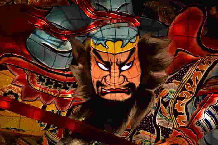 青森へ行くなら、ねぶた祭りは欠かせません。 日本一の祭りは、一度見るときっとファンになってしまうほど、心が躍ります♪