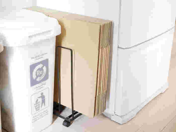 モノを選ぶときに、「リサイクルされている」ことを意識してみましょう。例えば、トイレットペーパーなどの紙製品は日常のなかに取り入れやすいリサイクル商品。モノをできるだけ捨てずにリサイクルすること、そしてリサイクル商品を使うこと。その循環を自然にやっていきたいですね。