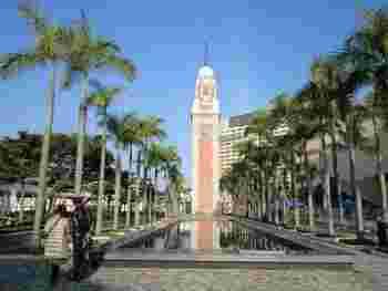 香港最古のこの時計台は、チムサーチョイの海沿いの遊歩道にあります。