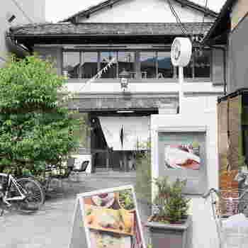 「嵯峨野湯カフェ」は、全国のカフェ好きに知られる有名店。