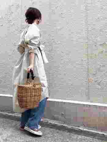 素材や形、いろいろなかごバッグがあり、どれも可愛くて迷ってしまいますね。では、今年はどんなかごバッグが人気なのでしょうか?