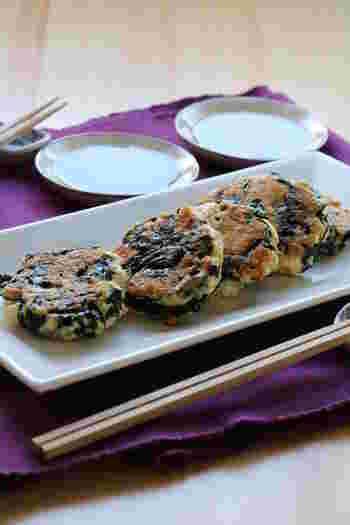 木綿豆腐とわかめで作るチヂミは食べ応えもあるのにヘルシー!ダイエット中の方にもオススメの一品です。