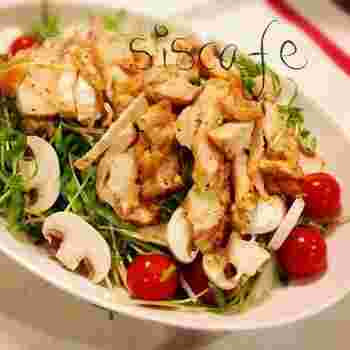 こちらは柔らかい空芯菜のスプラウトを使ったサラダ。ボリューム満点だからダイエット中のメインにもいいですね。