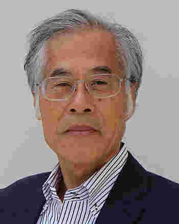 この印象に残る建物をデザインしたのは、藤森照信氏。世界的にもその独創性が高く評価される日本の建築家です。
