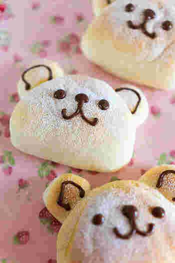 白玉粉で作ったミルク餅入りのくまくまパン。見ているだけでほっこり癒されますね…。お子様のおやつや、誕生日、記念日などにもぴったり!