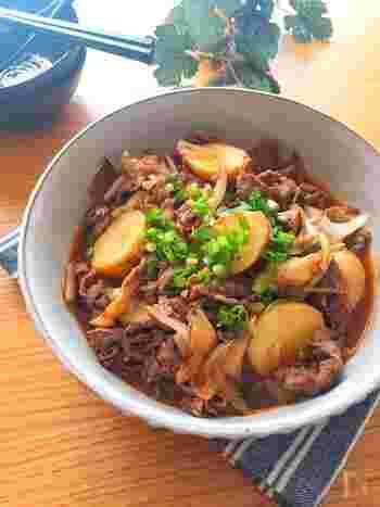 じゃがいものごろごろ感を楽しむレシピ。コチュジャン&豆板醤が入っているからピリ辛でご飯がススみます。
