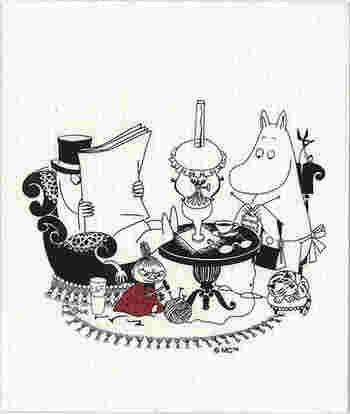 《ムーミン e.スポンジワイプ パパ読書中(ブラック/ホワイト)》  ムーミン好きなら、絶対コレ。リトルミイの可愛らしさ!