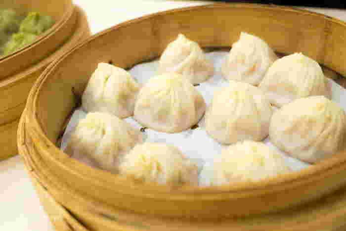 台北に行ったら必食の小籠包。今では世界中で食べられますが、本場・台湾に来て食べずに帰るなんてありえません!