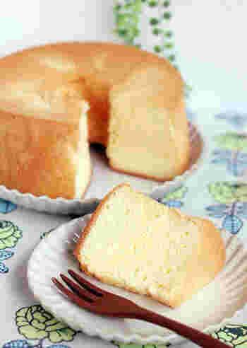 米粉と豆乳を使ったシフォンケーキ。米粉の自然な甘味で油も砂糖も少なめでヘルシーです。