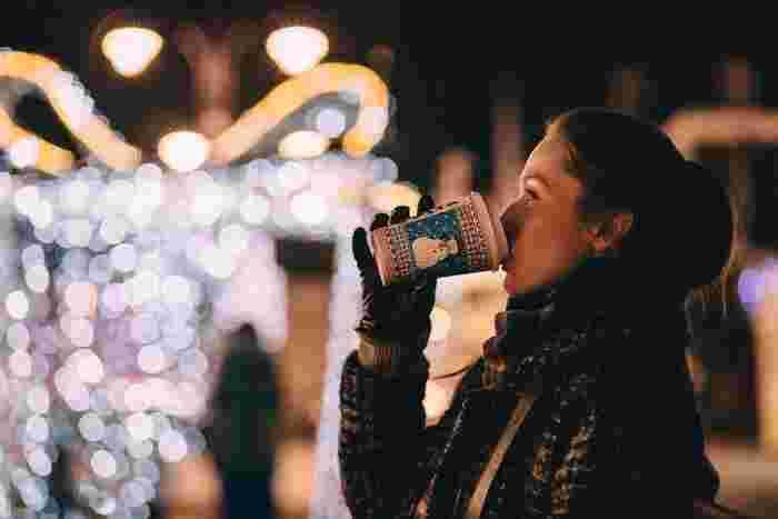 11月に入り、いよいよクリスマスシーズンの到来!街を歩くと、クリスマスのネオンや飾りつけが目につくようになりました。クリスマスといえば、やっぱりケーキ。今年はどんなケーキにしようかな…あれこれ考え始めている人もいるのではないでしょうか。