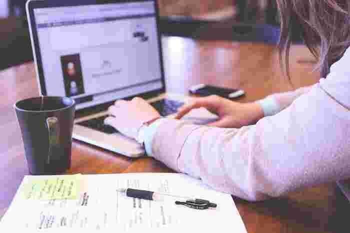 体の不調は心の不調にもつながります。体調が悪いときには、どうしても仕事や家事へのやる気も減退してしまいます。