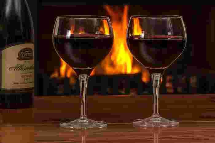 「オーガニックワイン マヴィ赤坂本店」では、解禁日の11月16日と翌日の17日の2日間限定で生演奏を楽しめるそう。事前の申し込みは不要のようなので、まずはホームページをチェックしてみてくださいね。  日時:平成29年11月16日(木)~11月17日(金) 生演奏開催時間:19:00-20:30