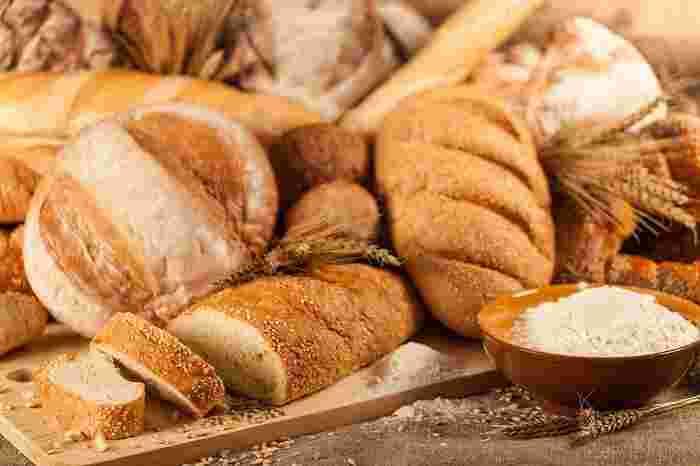 「ポリパンⓇ」を考案したのは、東京・西荻窪で天然酵母のパン教室『happy DELI』を営む梶 昌子先生。天然酵母を使ったレシピ本も多数出版されています。材料を混ぜるのも発酵もポリ袋でできる「ポリパンⓇ」は、初心者でも簡単に美味しく作れると大評判。教室で実際にパン作りを習いたい方は、ぜひHPを覗いてみてくださいね♪