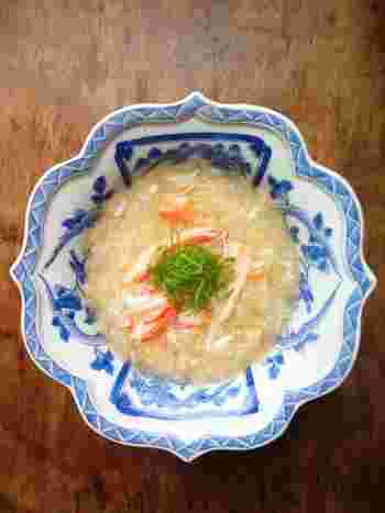 旬のおいしい「かに」を使った、贅沢なかに料理。ずわい・タラバ・毛蟹…それぞれのかにの特徴を生かした料理で、そのおいしさをとことん味わいましょう。