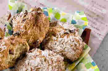 発酵なしで、普通のパンを焼くより早くできる「クイックブレッド」。朝食のパンを買い忘れていた!などという時にも便利。ヘルシーなのでダイエット中の主食にもおすすめです。