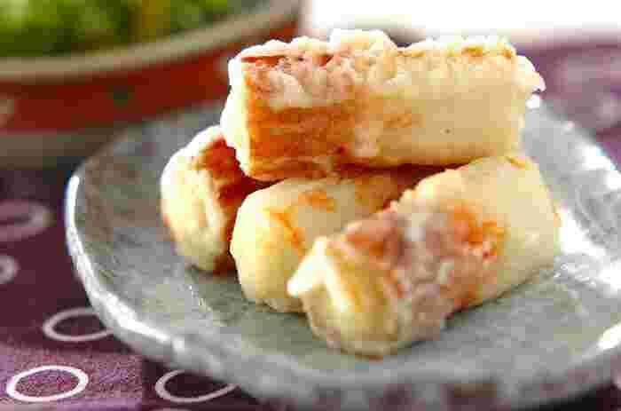 サクふわの食感がたまらない、ちくわの天ぷら。 一口かじるとあふれるチーズの塩気が、さらに美味しさを引き上げます。お弁当のおかずにもぴったりなので、少し多めに作っておくと便利です。