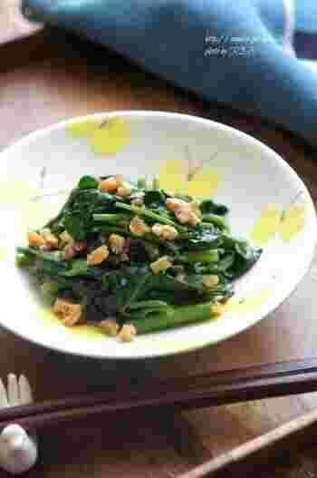 材料を準備したらあっという間に出来上がる空芯菜のスピード料理。干し海老の旨味を活かしたシンプルな味付けは、毎日食べても飽きない味で、常備菜やお弁当のおかずとしても便利です。