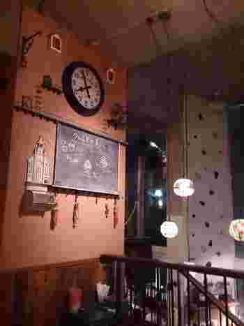 クルミドコーヒーでは、カフェ以外にも「クルミド出版」「西国図書室クルミドコーヒー分室」などのさまざまな本にまつわる活動も行っているそう。