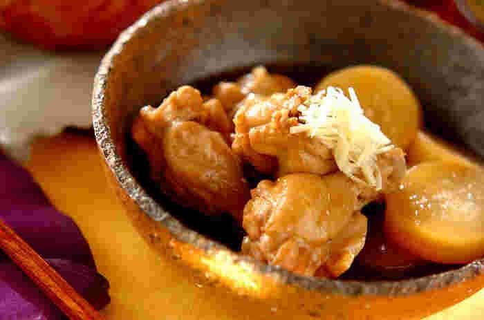 手羽元は和のメニューにもよく合います。中でも大根はベストパートナー。肉の臭み取りと風味付けには、生姜を。