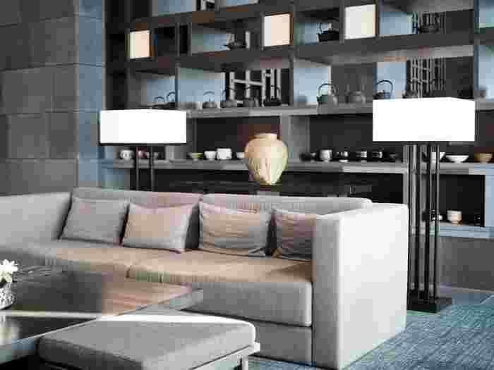 33階の「ザ・ラウンジbyアマン」は開放的な空間とラグジュアリーな雰囲気で、のんびり過ごせる大人の空間。今年のしめくくりに、優雅な雰囲気を堪能してみてはいかがでしょうか♪