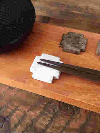 可愛い箸置きにも変身♪オーブン陶土も数種類の色があるので使い分けできます。