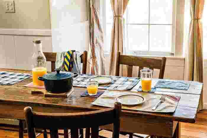 やわらかい空気感のただよう朝食のテーブル。 おはようの挨拶もかろやかになるのは、優しい風合いのファブリックのお陰♪