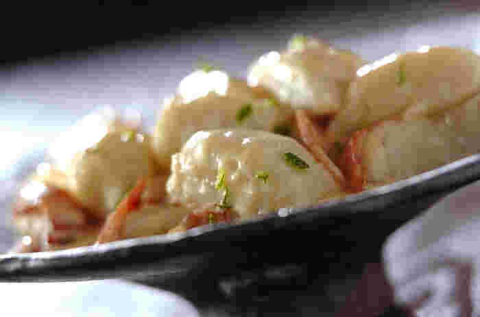 シンプルな味でどんな料理にも変身できる里芋。おしゃれな里芋料理をテーブルに並べて、中秋の名月パーティーも素敵♪せっかくの伝統行事だからこそ、新しいスタイルも取り入れながら長く日本の暮らしの中に息づかせたいですね。写真は、里芋ニョッキ。