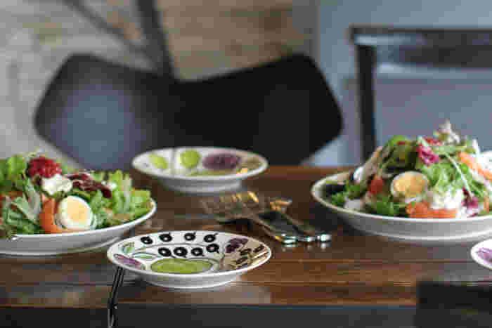 どんな食材にも合う。アラビア・パラティッシは食卓を彩る万能選手