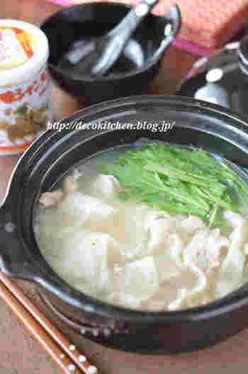 なんと5分でできる鍋レシピ。その秘密は、スープ味付けに万能調味料のシャンタンを使っていること。 しゃぶしゃぶとの相性も抜群です。