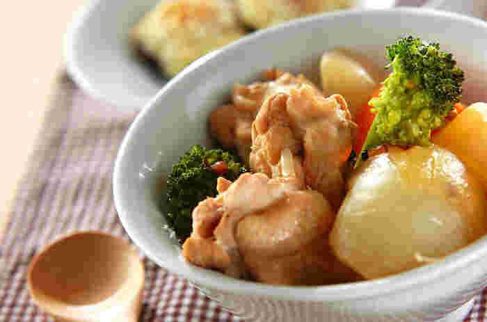 お野菜とお肉をじっくりコトコト。旨味をたっぷり含んだポトフです。