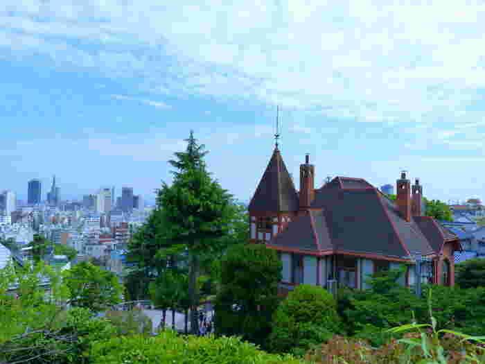 今年で開港150年を迎える神戸。開港後、来日した外国人の住居地となったのが北野です。山手の高台に位置しているので、神戸の街や港を一望することができます。