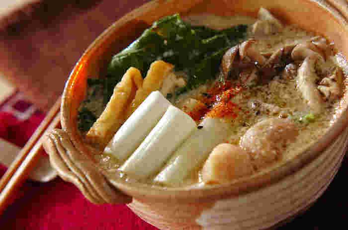 豆乳は味噌との相性が抜群♪味噌のコクが美味しい、優しい口当たりの豆乳鍋です。一人分のレシピなので、一人暮らしの方も作りやすいですよ◎