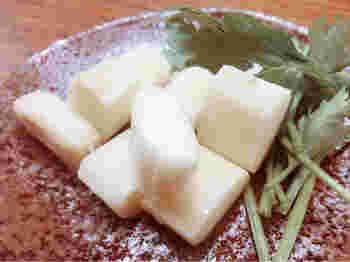 さけるチーズや燻製チーズも見逃せません!ゆっくりゆっくり味わいたいお味。お酒好きの世のお父さん方をはじめ、チーズ好きにはたまらないこだわりのチーズをぜひ一度ご賞味あれ♪