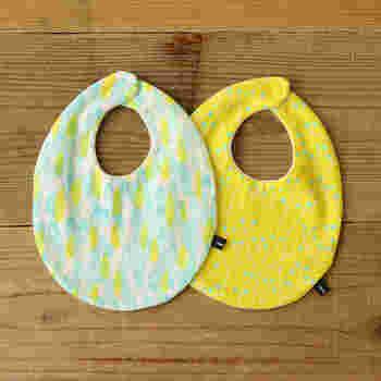 ママが手作りする赤ちゃんグッズの代表格がスタイです。スタイは、小さな面積ですいすい縫えるうえ、いくつあっても困らない赤ちゃんグッズです。いつも清潔にしておきたい赤ちゃんには洗い替えがたくさんあると安心ですね。