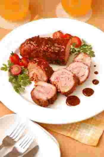 おもてなしにも最適な豚こまで作るロールケチャップ煮です。これならコストも押さえてたくさん作ることができるので覚えておくとパーティーの時などに役立ちますよ。