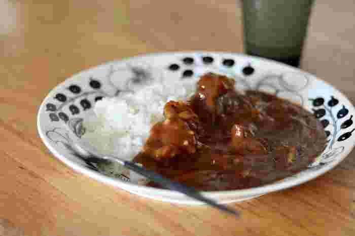 我が家のカレーはどんな味?「ルウ+隠し味」で楽しむカレーレシピ帖