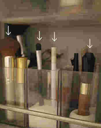こちらはアイブロウをすっぽり収めています。メイク道具は細長いアイテムが多いので、歯ブラシスタンドとの相性抜群♪
