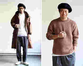 シャツやカットソーをセーターの中に着て、裾や首元からチラッとのぞかせる着こなしがオシャレ。パンツはデニムも素敵ですが、ゆったりめのイージーパンツを合わせると大人の余裕が感じられて◎。さらに帽子で個性をプラスすればオシャレ上級者に。
